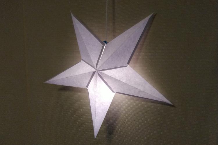 星のランプシェード手作り・型紙ペーパーオーナメント